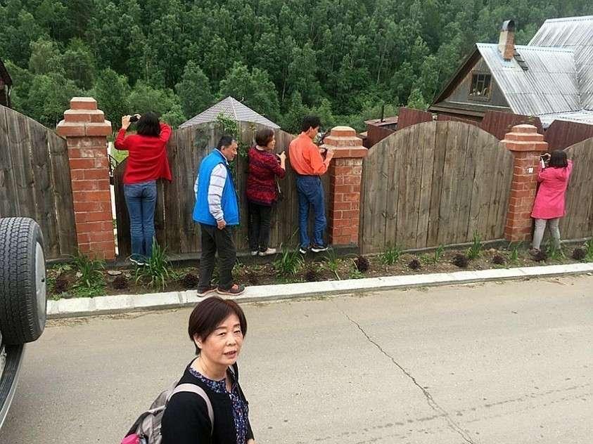 На заповедных берегах древнего Бакала боятся засилия китайцев Фото: ВКонтакте