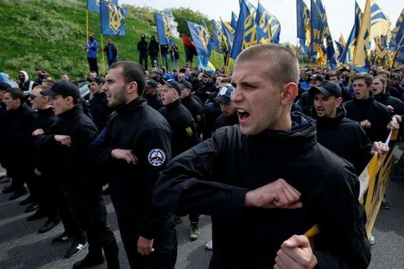 На Украине нацистские группировки разрослись до настоящих армий с иностранными наёмниками
