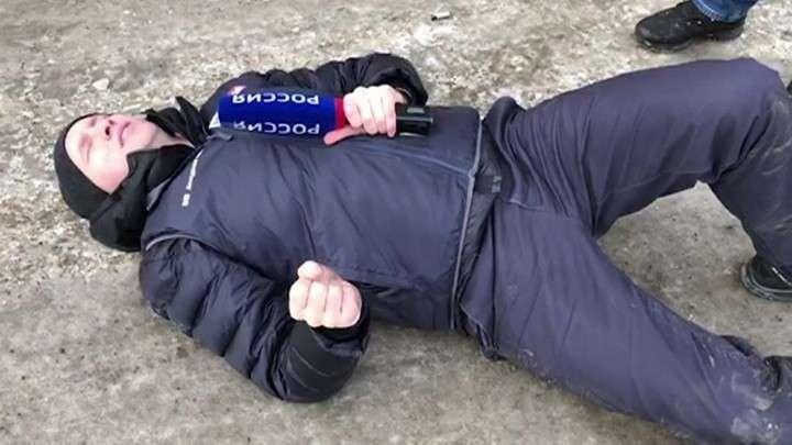 В Красноярске помощник экс-депутата Талюк переехал журналиста, пытавшегося взять у него интервью