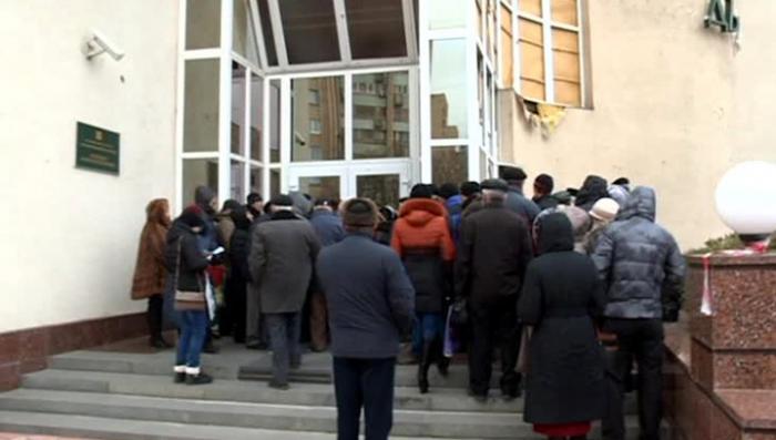 Экономическая блокада Донбасса: старики и инвалиды не знают, на что им жить