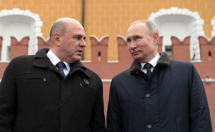 С Председателем Правительства Михаилом Мишустиным на церемонии возложения венка к Могиле Неизвестного Солдата.