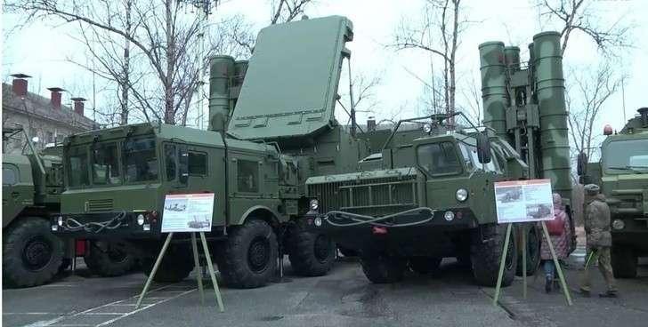 1490-й гвардейский зенитный ракетный полк получил 4 дивизиона комплексов С-400