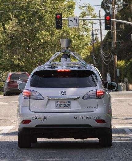 Представлен автопилот, который можно установить в любой автомобиль