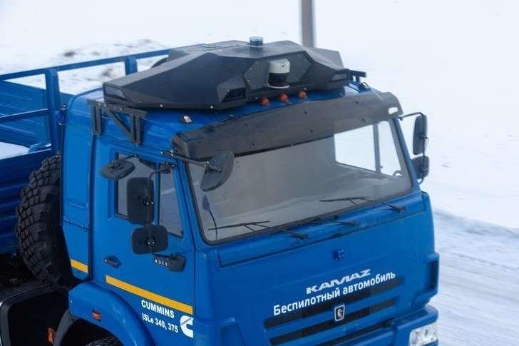 Разработанный на КАМАЗе «Аватар» превратит обычный автомобиль в беспилотник