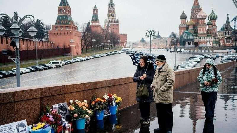 Как западные СМИ рекламируют акции оппозиции в России