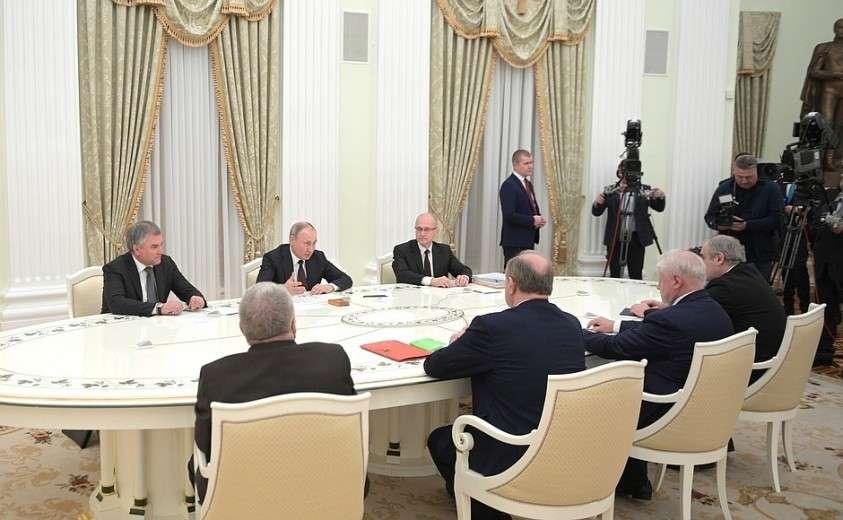 Встреча с руководителями фракций Государственной Думы.