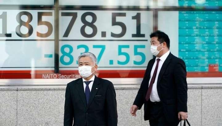 Торги на биржах в Азии открылись очередным обвалом котировок