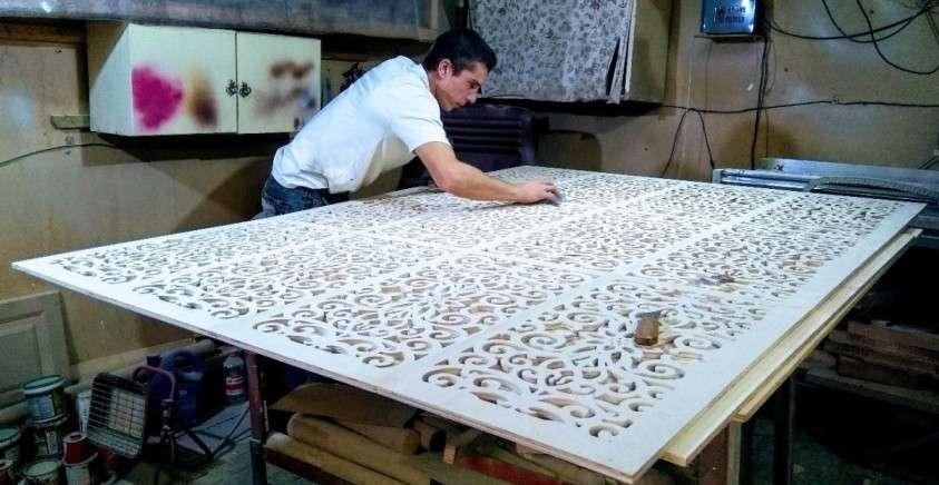 В Чебаркуле однорукий плотник строит цех, чтобы трудоустроить инвалидов