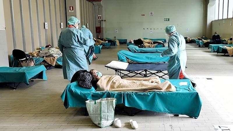 В Италии за сутки от коронавируса погибли 349 человек