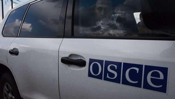 Украинские каратели начали обстреливать наблюдателей ОБСЕ