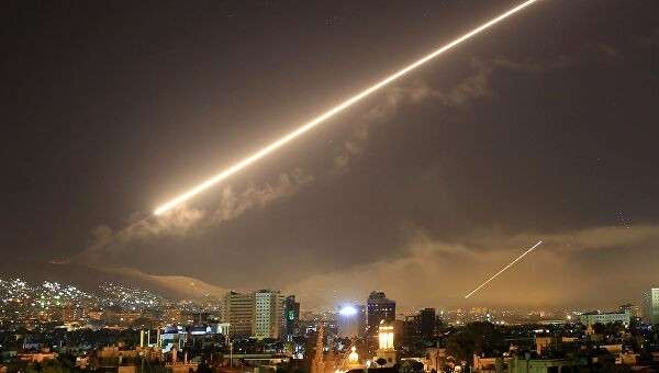 Зенитный огонь над Дамаском, Сирия. 14 апреля 2018