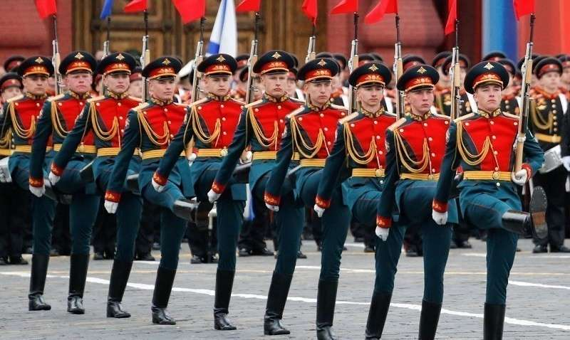 Кремлёвские курсанты к юбилейному Параду Победы 9 мая готовы на отлично