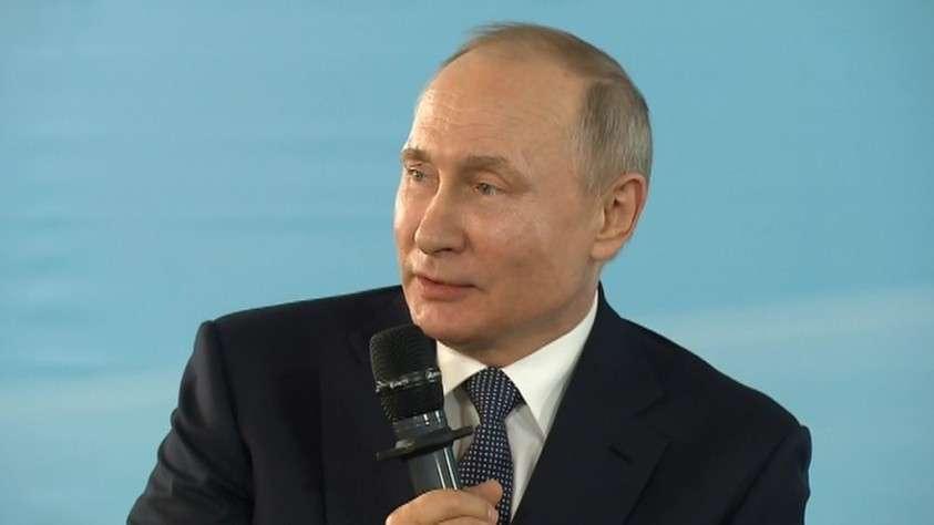 Владимир Путин прибыл в Крым в шестую годовщину воссоединения полуострова с Россией