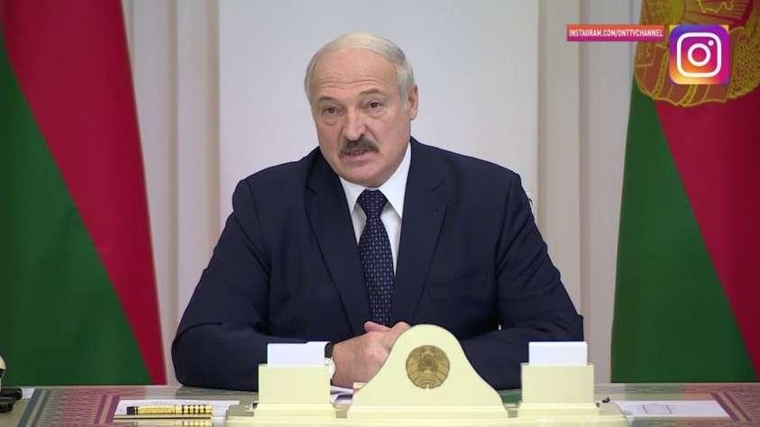Лукашенко о коронавирусе: это психоз и «цивилизованный» мир уже сошел с ума