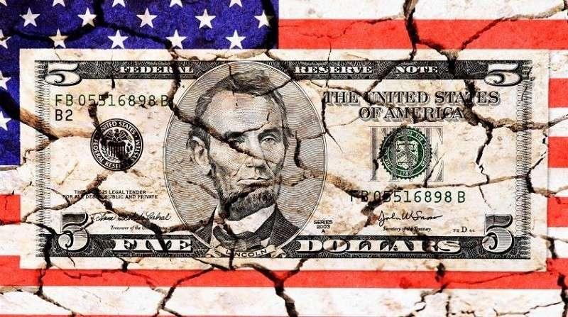 США падает в пропасть массовой безработицы из-за паники по коронавирусу