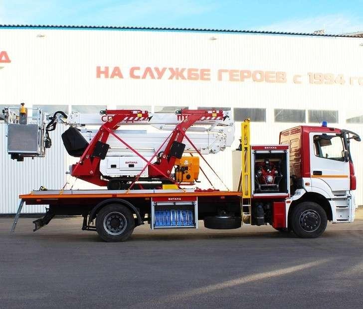 Российская компания выпустила новую спецтехнику для МЧС Москвы и пустила в серию новый подъемник