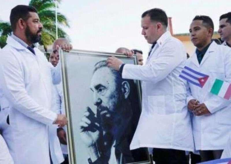 СМИ Германии развернули кампанию травли кубинских врачей за их помощь Италии