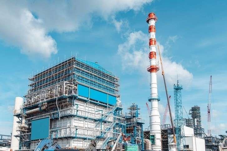Омский НПЗ «Газпром нефти» завершил ключевой этап строительства комплекса глубокой переработки нефти