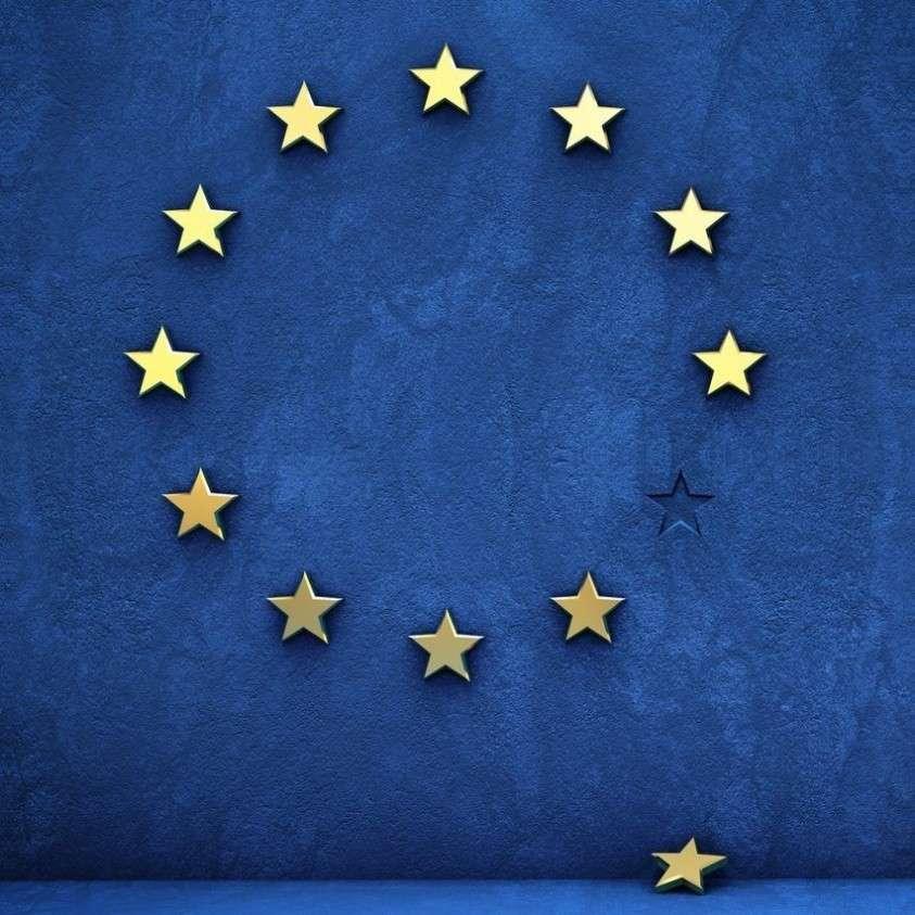 ЕС – «логово змей и шакалов»: Италия злится и грозит выйти из Евросоюза