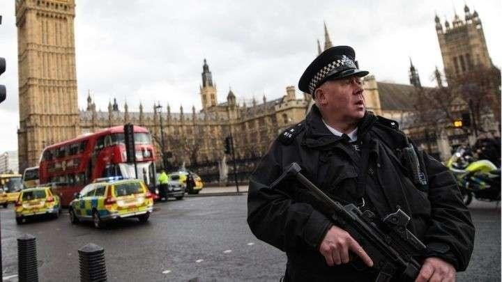 Хуцпа Британских СМИ. Где-то на небесах громко рыдает старик Оруэлл
