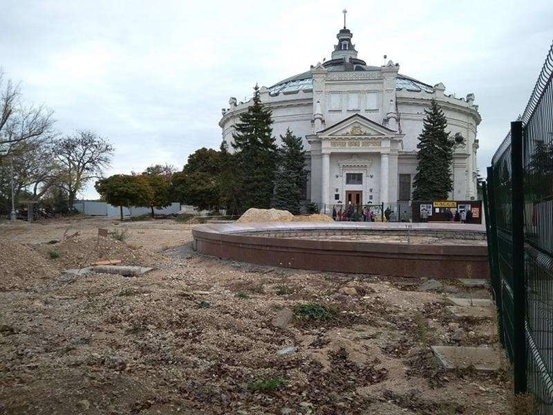 Крым встретил «пандемию коронавируса» без новой больницы, обещанной Аксёновым Путину