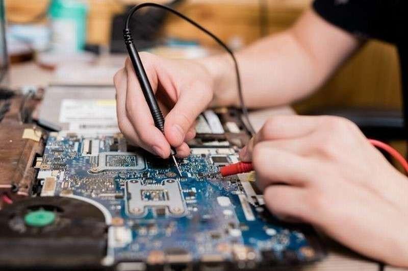 «IT-мальчики по вызову». Как не стать жертвой компьютерных «домушников»