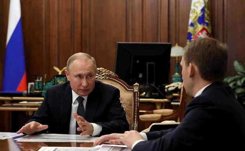 С Министром по развитию Дальнего Востока и Арктики Александром Козловым.