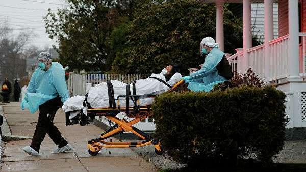 Работники скорой помощи в Бостоне, штат Массачусетс