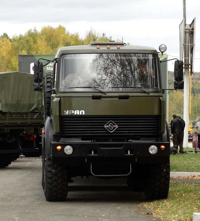 В Восточный военный округ поступило более 140 единиц автомобильной техники
