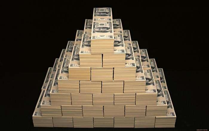 Когда рухнет долговая пирамида США? «Кому американцы должны – всем простят»
