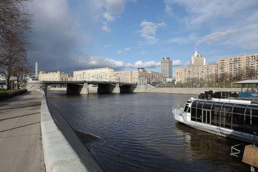 Власти Москвы предупредили о мошенниках предлагающих оформить электронные пропуска