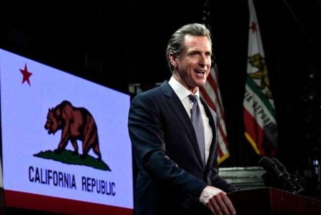 В США начинается «парад суверенитетов»: Калифорния уже готова уйти в «независимое плавание»