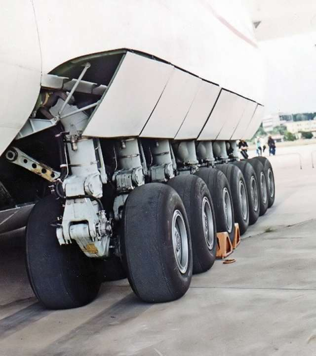 Шасси Ан-225
