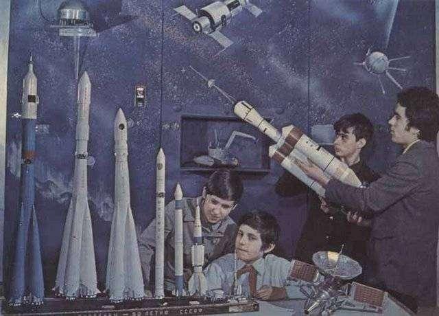 25 лет активной дебилизации российских школьников уже дают результаты