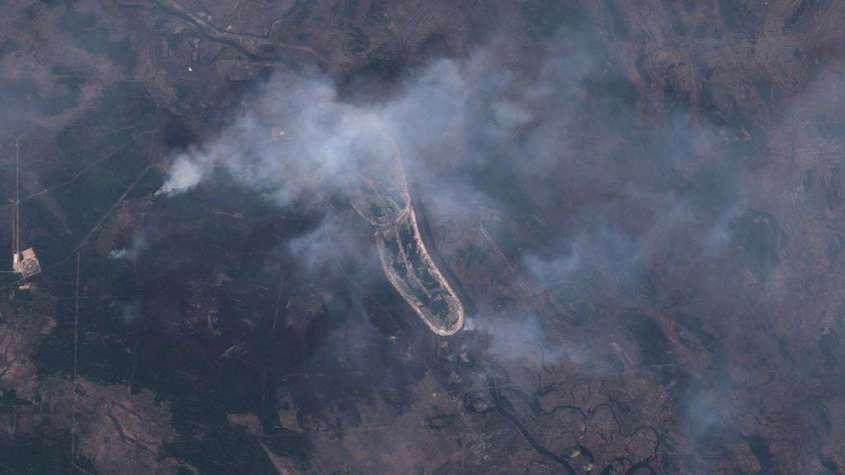 Чернобыльская зона продолжает гореть, из-за сильного ветра, Киев накрыла пыльная буря