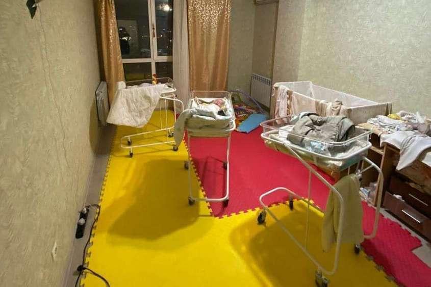Квартира, в которой содержали новорожденных детей.