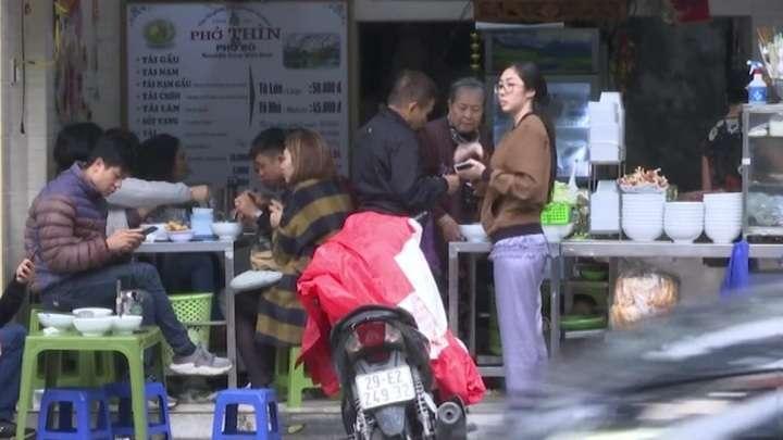 Вьетнам ослабляет ограничения из-за коронавируса. За весь период 270 заражении и ни одной смерти