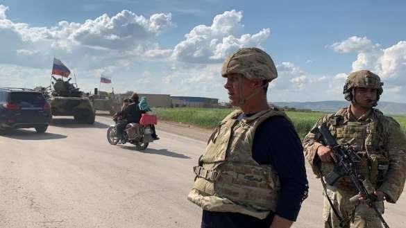 Конфликт военных России и США в Сирии: американцы отступили – подробности (ФОТО, ВИДЕО) | Русская весна