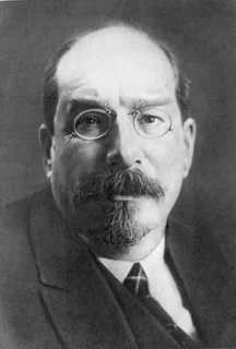 Как Сталин спасал русский язык от иудеев луначарских и бронштейнов