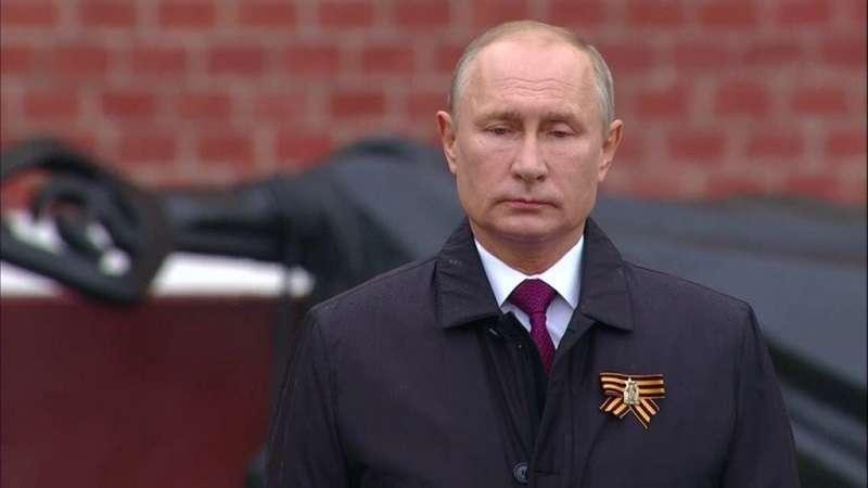 Путин о национальной идее России: любовь к Родине и Развитие