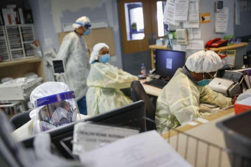 27 миллионов американцев лишились медицинской страховки в самый разгар пандемии