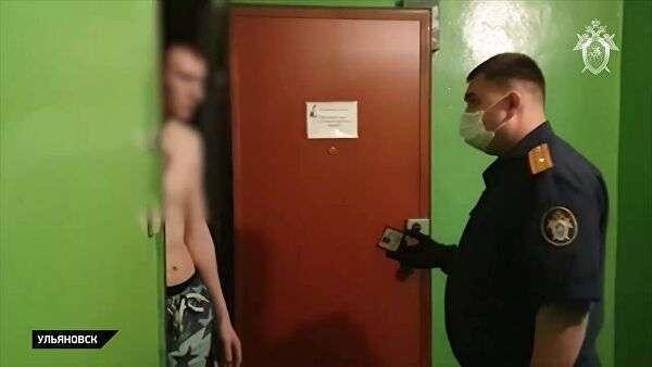Следственный комитет России проводит обыски и допросы в отношении четверых подозреваемых в размещении фото нацистов на сайтах Бессмертного полка. Слева – подозреваемый Вячеслав Круглов. Стоп-кадр видео