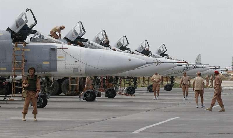 Владимир Путин поручил расширить российские военные базы в Сирии