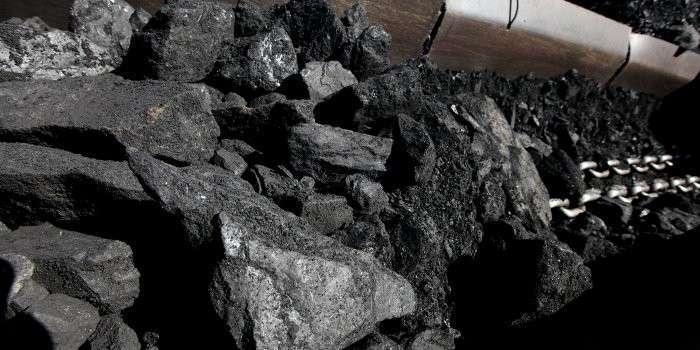 На территориях, подконтрольных Нацгвардии, уголь разворовывают вагонами