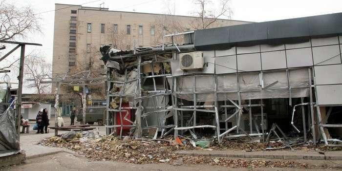 В результате обстрелов карателями в Донецке погибли пять человек