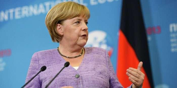 Хитрая Меркель: EC готов обсуждать торговые вопросы c ЕАЭС