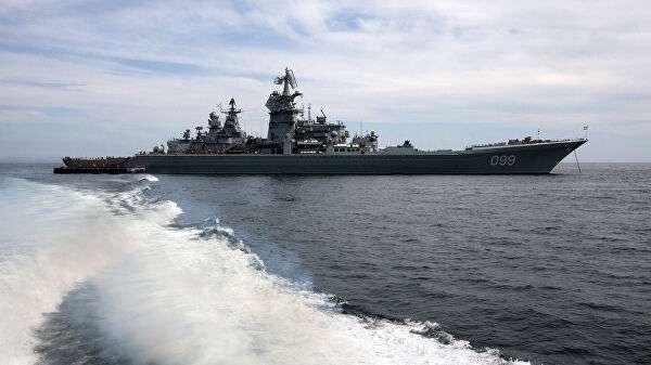 Совместный выход в море кораблей Тихоокеанского флота для отработки задач боевой подготовки