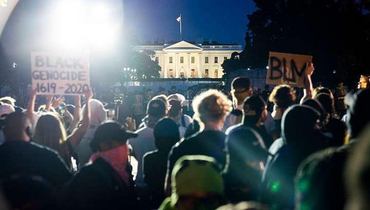 Беспорядки в США раздувают глобалистские демократические СМИ