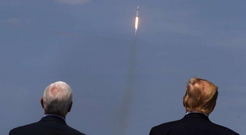 Космическая гонка XXI века (2): SpaceX – ничего личного, просто бизнес