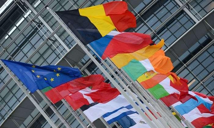 Долговой закат Европы. Невозможность выплатить внешний долг ведет ЕС к банкротству и войне, прогнозирует французский политик